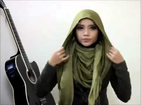 Beautiful Hijab Tutorial pashmina and earrings tutorial - http://videos.silverjewelry.be/earrings/beautiful-hijab-tutorial-pashmina-and-earrings-tutorial/
