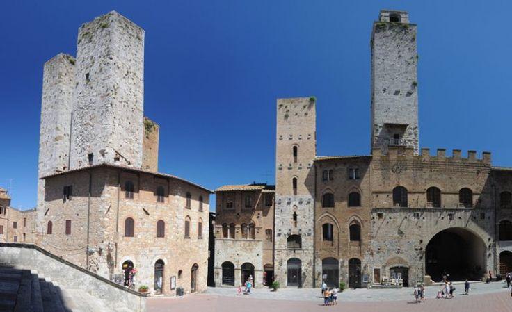 Torri Salvucci e Palazzo del Podestà a San Gimignano