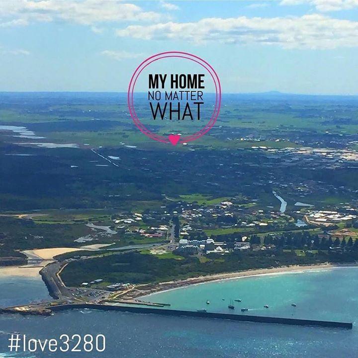 My home No Matter what! #destinationwarrnambool #live3280 #warrnambool @socialascat #warrnamboolbreakwater #warrnamboolbeach  #aerialphotography http://ift.tt/2f9Srbj