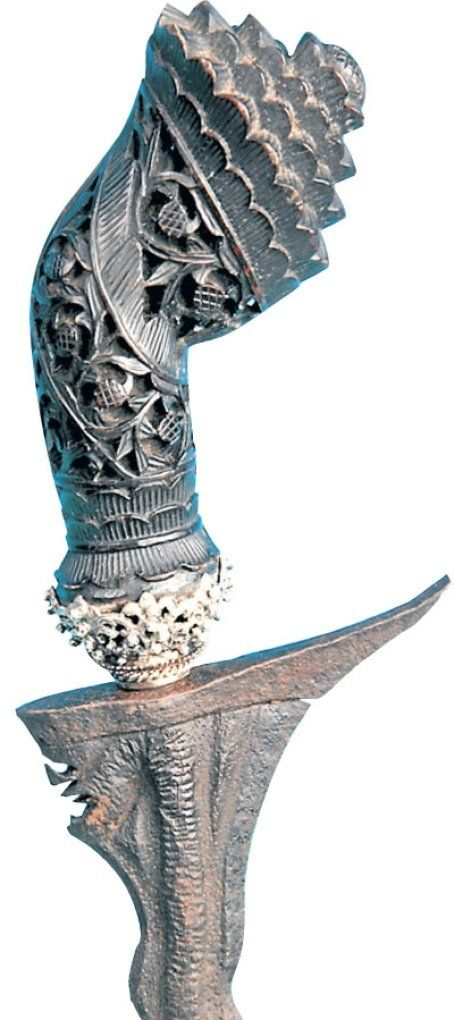 warrior keris blade carving antique
