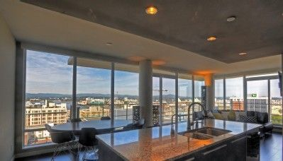 VRBO.com #475505 - The Falls-15th Floor Luxury Condo, Inner Harbour/ Fairmont Empress Hotel Area(maybe a little out of our price range but looks wonderful!)