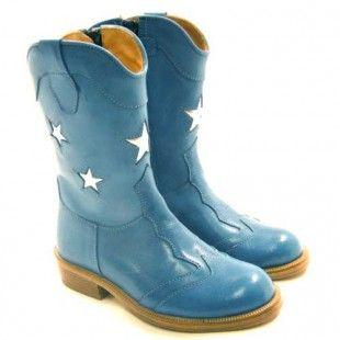 Zecchino d'oro, blue boots, stars
