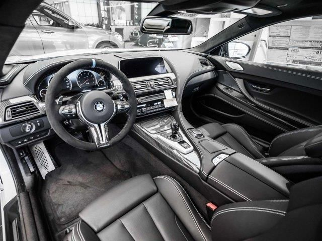 2016 BMW M6  Drivers seat