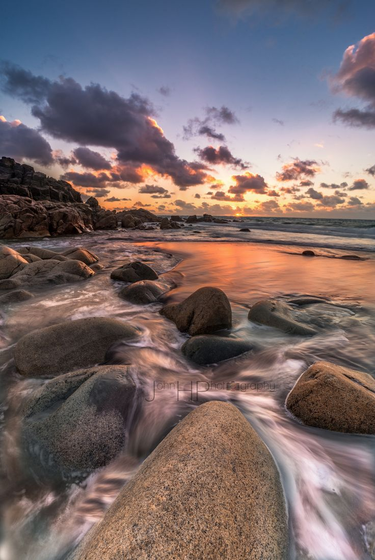 Porth Nanven - Testing out the Laowa 15mm f/4