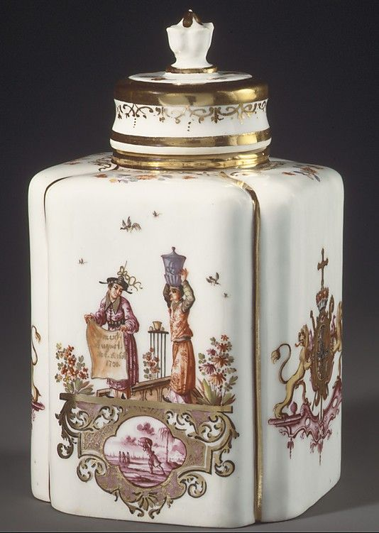 Tea caddy with cover Meissen Manufactory  ca. 1735