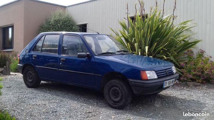 Peugeot 205 à prendre en l'état