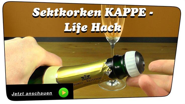 Mahlzeit. In diesem Video zeige ich euch, warum Sektkorken diese Kappe haben. Es ist ein genialer und einfacher Trick, den ihr sehr gut gebrauchen könnt. Die Kappe gibt es nicht ohne Grund. Seht mehr dazu im Video. Teilen, liken, kommentieren... immer sehr willkommen. Bei Fragen, fragen :-D #diy #howto #sekt #korken #sektkorken #verschluss #kappe #sektverschluss #sektkappe #lifehack