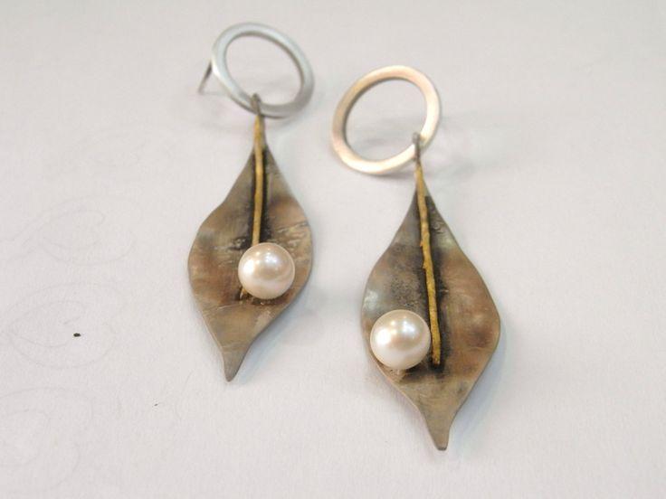 Olive leaf earrings by ArtimelitoByNikolaos on Etsy