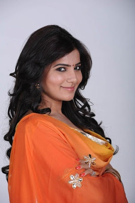 Samantha Cute n Bubbly Pics - Latest Telugu Movie Wallpapers and Images