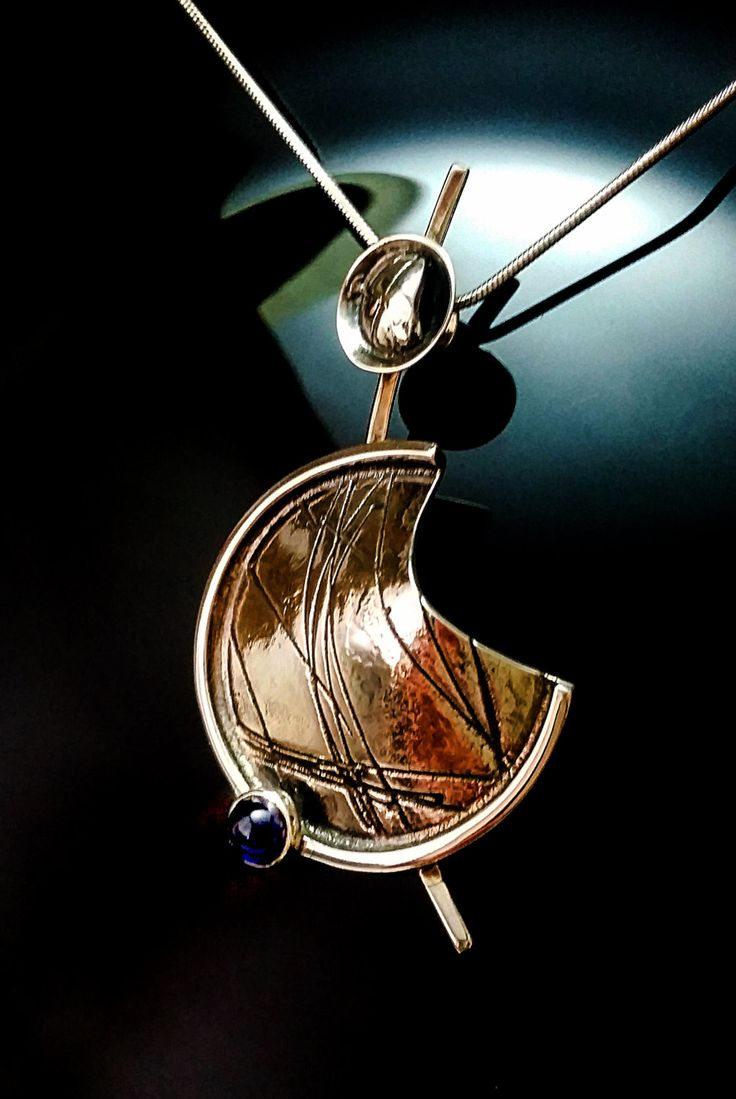 Sterling Silver Pendant, Unique Necklace, Oxidized Silver Pendant, Sterling Silver Necklace,Handmade Necklace, Iolite Necklace de ALEXREDONDOJEWELS en Etsy