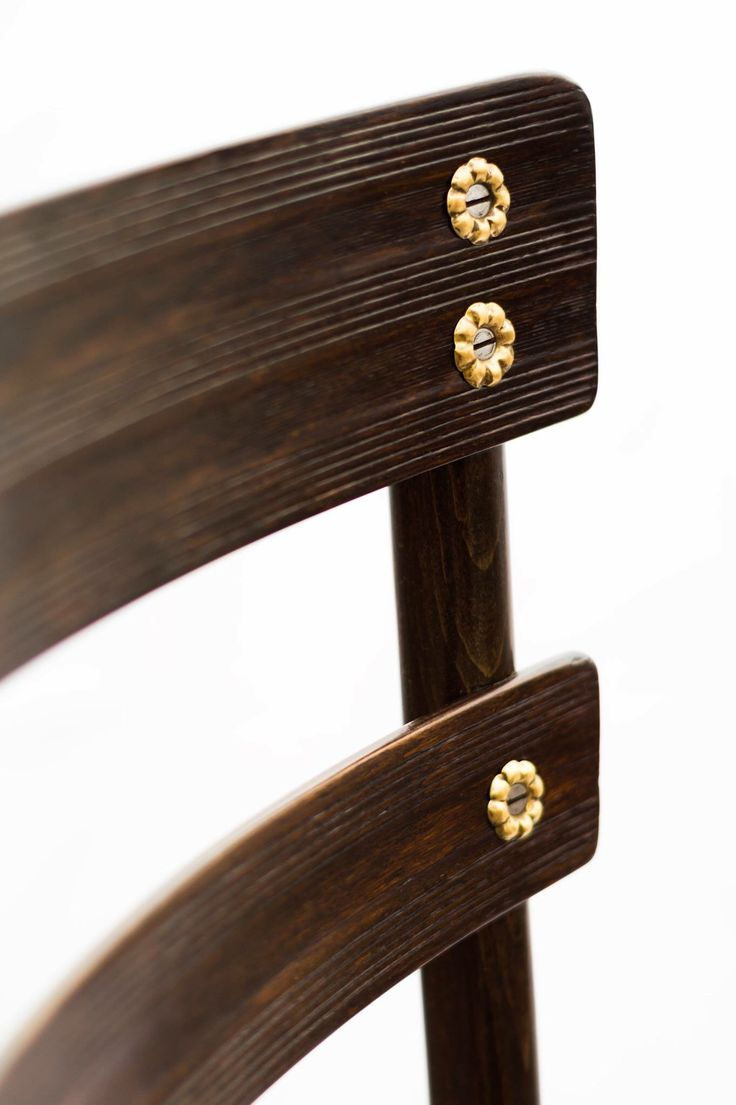 Thonet chair in detail