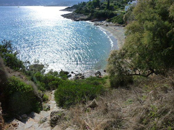 5+1 παραλίες εντός Αττικής για ...βράδια αξημέρωτα! — ToraTora