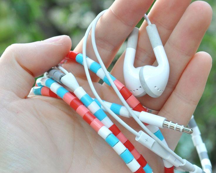 DIY Customiser les fils de ses écouteurs avec des perles à repasser