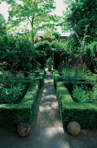 Nigel Slater's kitchen garden --- wow--love the way the box contains the chaos of a real food garden
