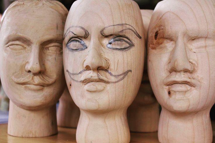 Teste dei pupi siciliani e Paladini di Francia - Faces of some Sicilian puppets and Paladins of France