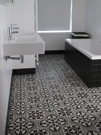Bekijk de foto van jmloriaux met als titel tegels voor de keuken/badkamer en andere inspirerende plaatjes op Welke.nl.