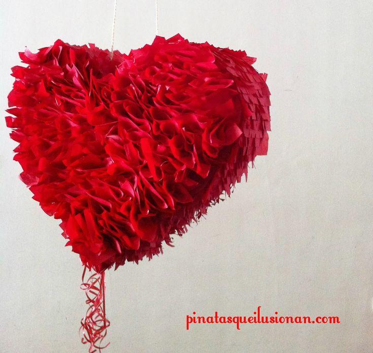 Piñatas que Ilusionan: Piñata Corazón Rojo de San Valentín