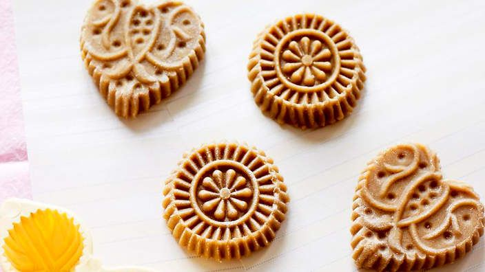 Dutch spiced biscuits (speculaas) | Though popular at Christmas, these Dutch spiced biscuits are traditionally baked for Het Sint Nicolaasfeest (December 6th), which marks the start of the festive season. The dough is traditionally shaped using hand-carved wooden moulds before baking, but can be substituted for plain rounds.