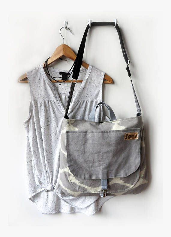 The Afternoon // Light Gray Print Open Top  Messenger