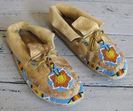 17 best images about cheyenne indians on pinterest for Cheyenne tribe arts and crafts