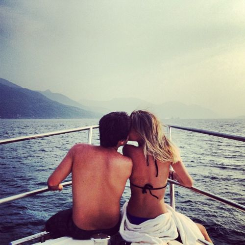couple, couples photography, couples pictures, in love, engagement pictures, engagement photos, picture ideas, ocean, boat, yacht