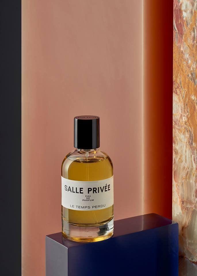 Salle Privee, Le Temps Perdu - eau de parfum   (display materials Sabine Marcelis)