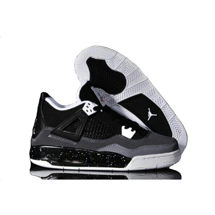 Nike Air Jordan IV Black Oreo (41-45) Rp. 650.000