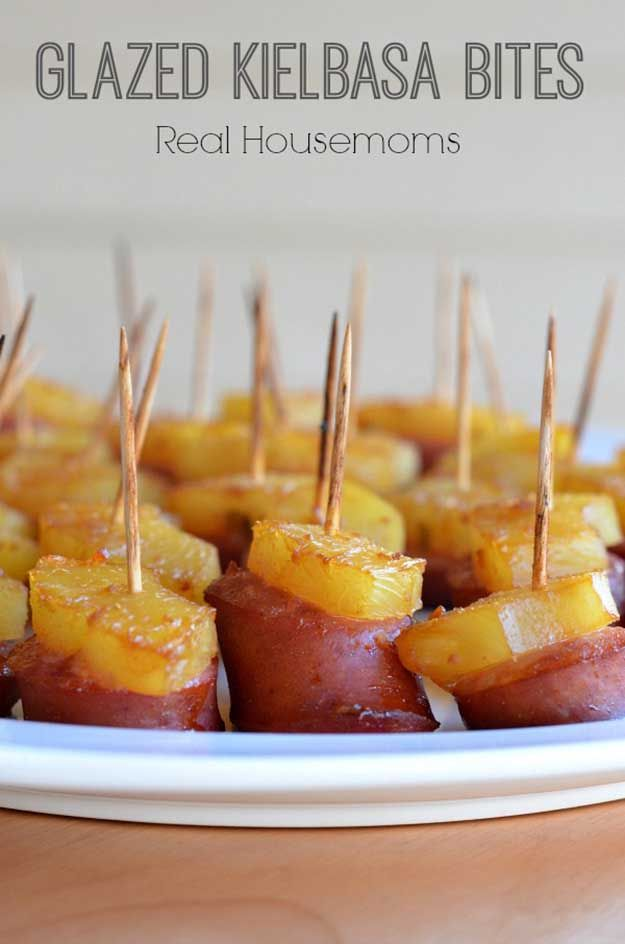 Labor Day Party Food Ideas - Grilled Pineapple and Kielbasa Appetizer Recipe - DIY Projects & Crafts by DIY JOY at http://diyjoy.com/party-ideas-labor-day-food-diy-decor