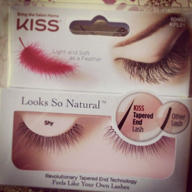 Kiss eyelashes. Tapered tips for a more natural look
