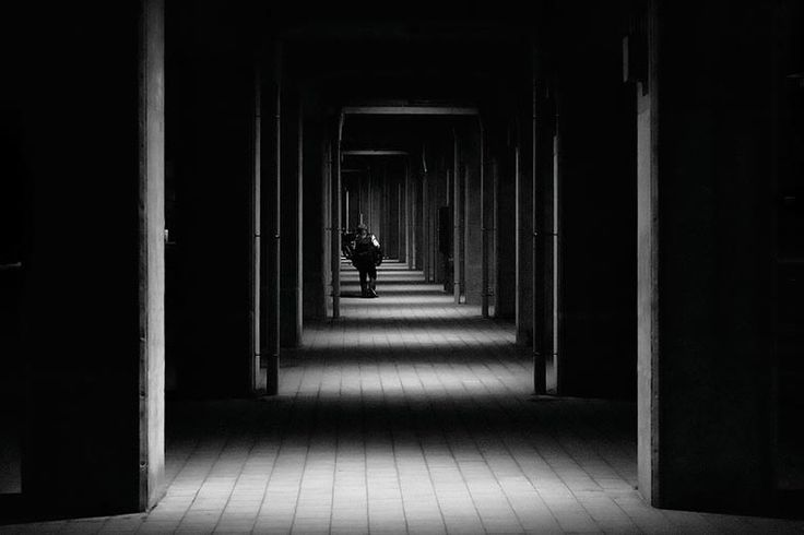 A selection of black and white photographs by Hiroharu Matsumoto, a Japanese photographer who captures with great talent the calm and serene atmosphere of To