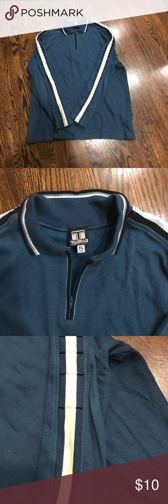 MOVING SALE: men's ski sweater Navy sweater with sleeve detail. Perfect for fall with jeans. Sweaters