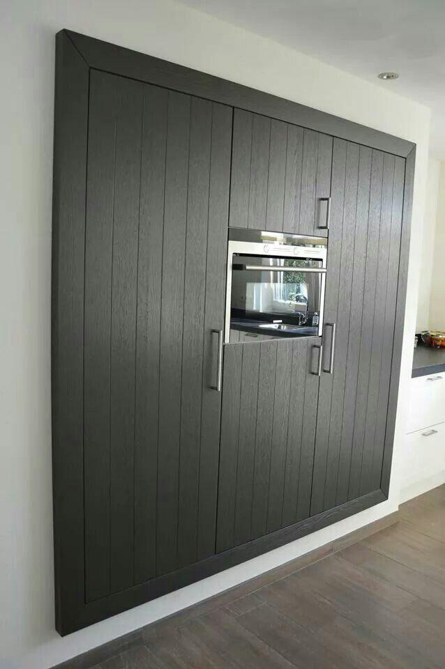 Keuken kast in de muur gemaakt door 101 woonidee n huis en inrichting - Keuken rode en grijze muur ...