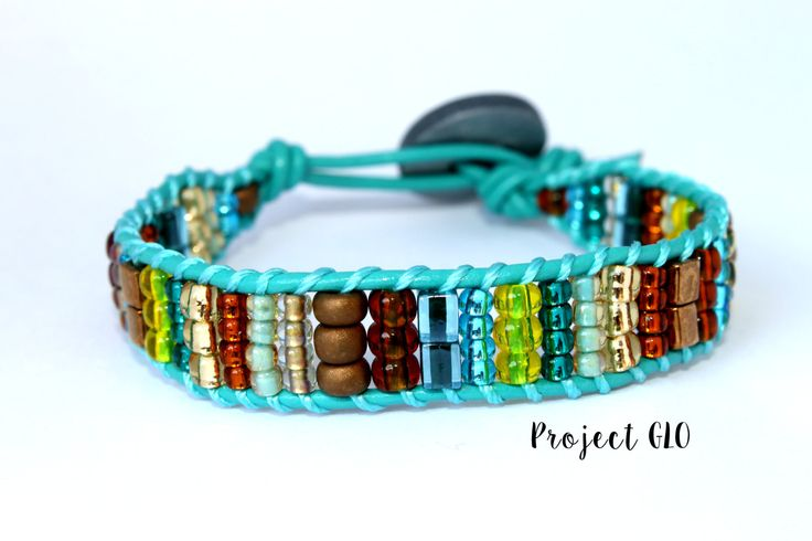 Turquoise Gold Yellow Leather Wrap Bracelet Braccialetto da avvolgere Cuoio Turchese Perline di ProjectGLO su Etsy