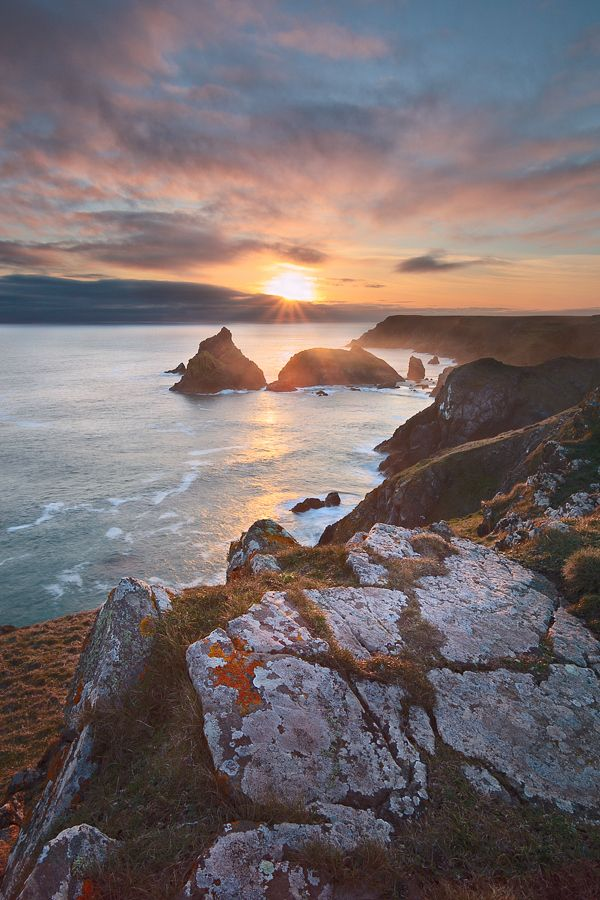 Sunset at Kynance Cove on the Lizard peninsular, south west Cornwall, England