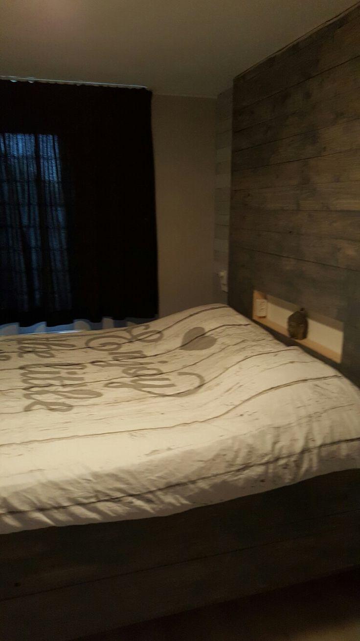 Meer dan 1000 ideeën over Floating Bed Frame op Pinterest ...
