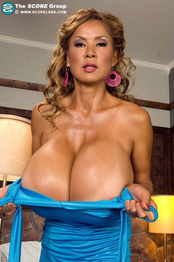 Busty Mature Boobs 83
