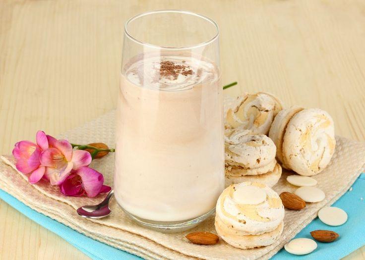 Bütün bir yıl elimizden düşürmemeniz gereken sütün yaz hali bu içeceklerin hepsi. Nefis sütlü içecek tariflerimizi mutlaka not edin tarif defterlerinize.