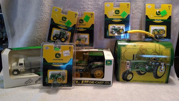 8 John Deere Toys 5 Tractors Waterloo D GP 50 6420 1:32 JD 3140 Tanker Lunchbox