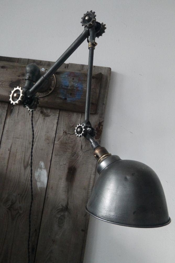 lampe industrielle applique