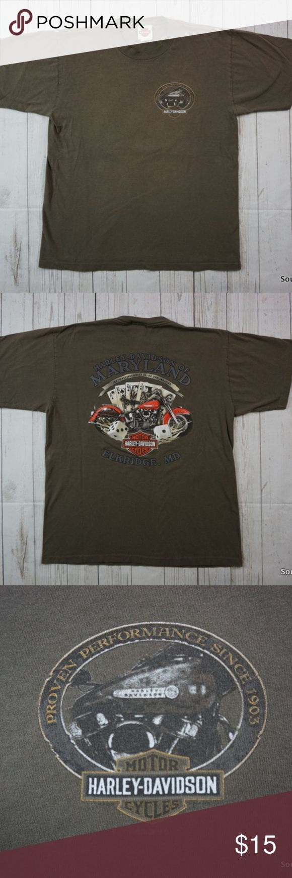 """Harley-Davidson Elkridge Maryland T-Shirt Large Harley-Davidson Motorcycles Elkridge Maryland MD Royal Flush T Shirt Men's Large  Brand: Harley-Davidson Size: Men's Large Material: Cotton  Detailed Measurements: (Front Side of Garment has been measured laying flat on a table)  Sleeves:             8"""" inches Chest:                21"""" inches Length:              27.5"""" inches  -Everything comes from a clean, smoke free and climate controlled environment.  -Orders are packaged and shipped in 24…"""
