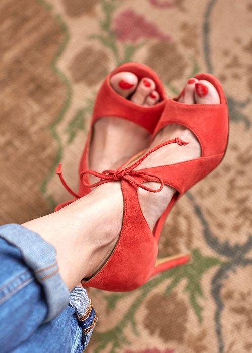 Capsule Avril // Sandales Livio www.sezane.com #sezane #capsule #avril #lookbook #sandales #livio