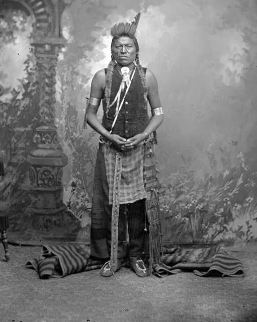 old crow hindu singles Crow photographs - group pictures teton/lakota teton/lakota  indian languages in historical reference  medicine crow ,.