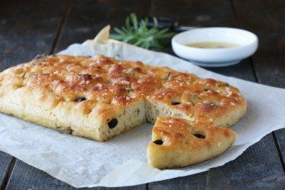 Eltefri focaccia med oliven