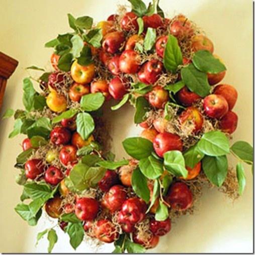 Fall wreathsOutdoor Decorations, Christmas Wreaths, Holiday Wreaths, Doors Wreaths, Apples Wreaths, Apples Harvest, Fall Wreaths, Thanksgiving, Autumn Wreaths