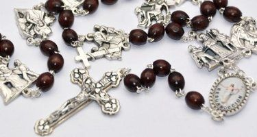 Station of the Cross Wooden Rosary Beads.