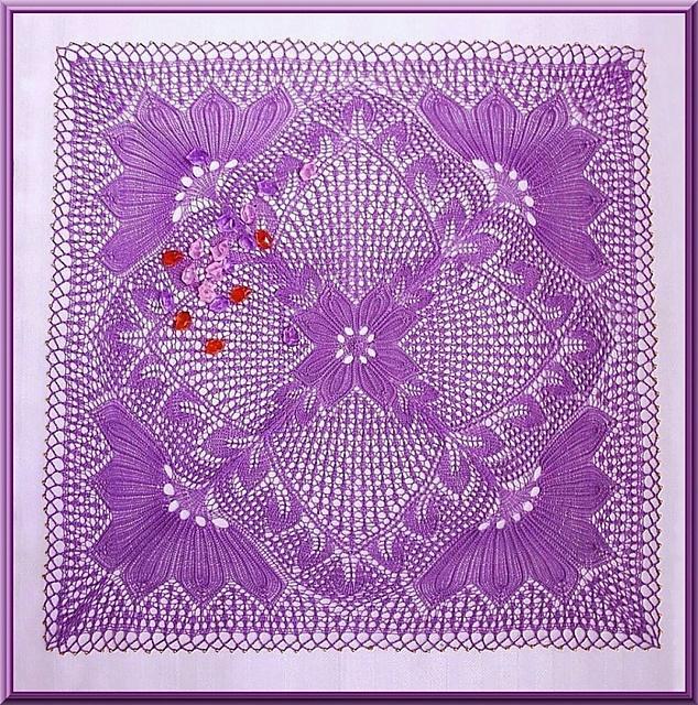 Knitted Lace, Design 0484/14 in Anna.  Design 305/02 in Alles aus Garn.  Design 7014/01 in Kunststricken 4.