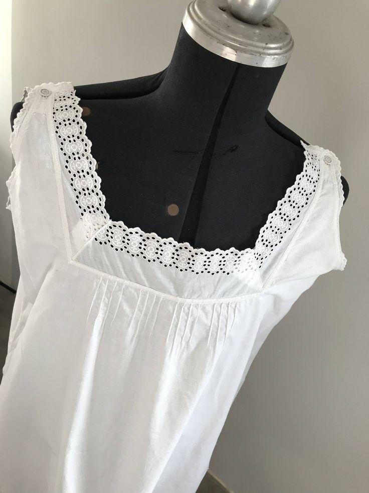 Ich freue mich, den jüngsten Neuzugang in meinem #etsy-Shop vorzustellen: Antikes Nachthemd,Unterhemd,Trägerhemd,