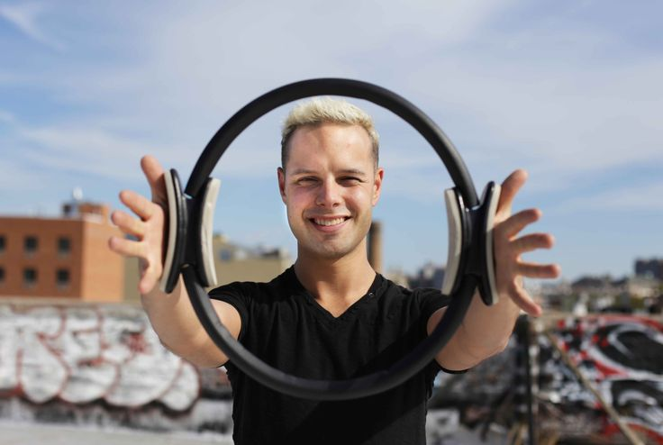 This guy has an amazing Pilates instructor blog!! I'm digging him!!