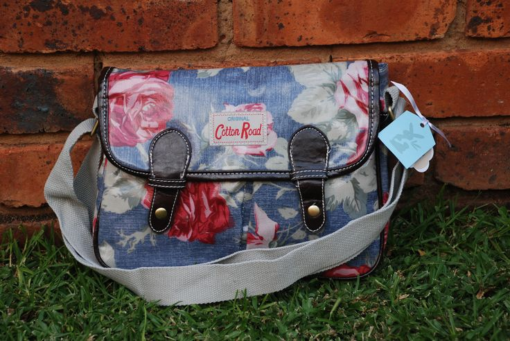 Cotton Road Bags http://christellespoelstr.wix.com/curioser