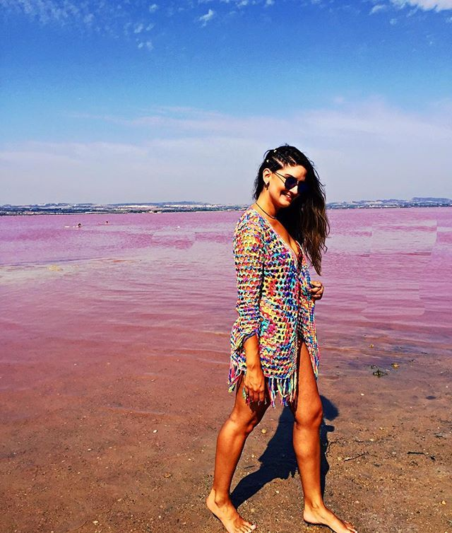 Paraiso  vermelho #Vermelho #MarRojo #Sal #Salinas #TorreVieja #EspanhaTrip #montereylocals #salinaslocals- posted by Yasmim Magalhães https://www.instagram.com/yasmimdesigner_interiores - See more of Salinas, CA at http://salinaslocals.com